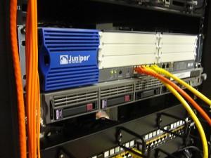 Защита от DDoS атак от компании MACHOSTER.RU