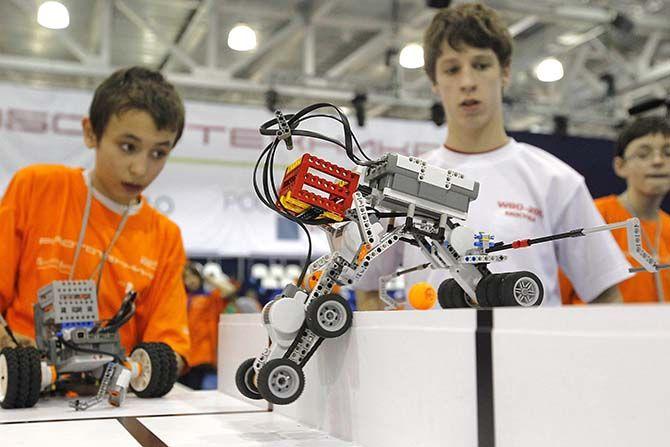 В России детей будут учить робототехнике
